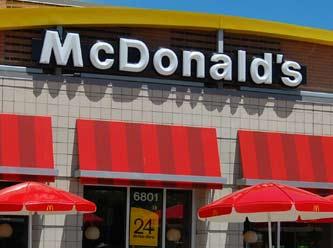 McDonald's görevlisi Başörtülü öğrenciyi restorana almak istemedi
