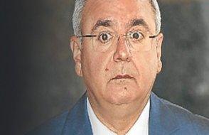 Çift maaş alan AKP'lileri eleştiren Mehmet Metiner, önce geri adım attı sonra hesabını kapattı