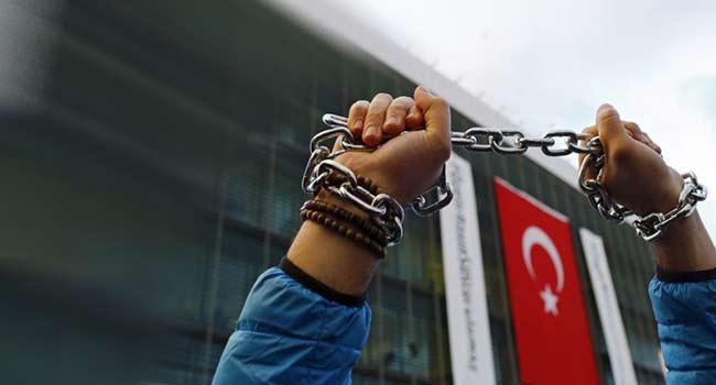 Diğer tutuklu gazeteciler unutulmasın