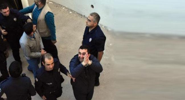 2'si albay 29 asker tutuklandı