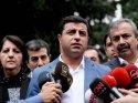 Selahattin Demirtaş ifade veriyor : 3 AKP'li 1 HDP'liyi yargılıyor