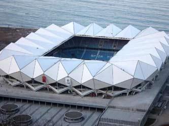 Trabzon, Avni Aker Stadı'na veda ediyor.