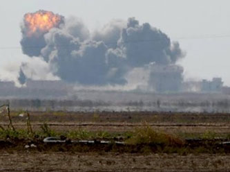 Şam'da Esed güçleri Muhalif gruplara hava saldırısı düzenledi