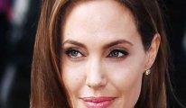 Trump'a bir tepki de Angelina Jolie'den