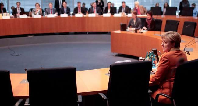 Bizde bürokratlar bile ifadeye gitmezken Merkel 5 saat sorgulandı