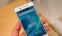 Sony akıllı cep telefonu işine hızlı giriyor ...