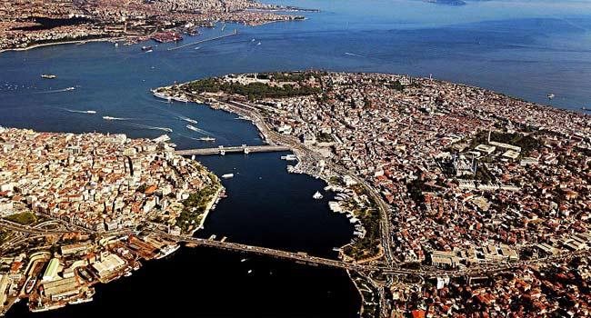 'Dua edelim de İstanbul'da deprem olmasın, siyasetlerini 5 yıl utanarak izledim'