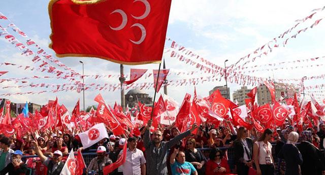 MHP'den 70 kişi istifa etti