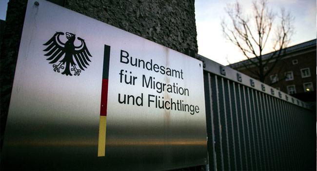 296 Türk diplomat Almanya'dan sığınma istedi