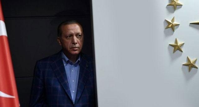 Erdoğan AKP'den memnun değil