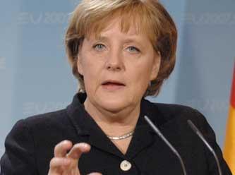 Merkel: 'Kudüs Kararını Desteklemiyoruz'