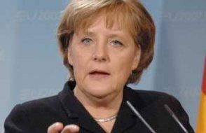 Merkel'den Türkiye'ye Afrin operasyonu eleştirisi