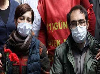 Açlık grevi yapan eğitimcilere destek verenlere polis müdahale etti