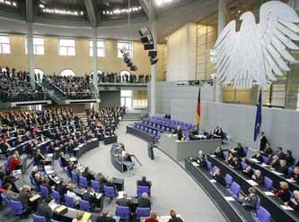 Almanya'da Koalisyon partileri sığınmacı politikasında anlaştı