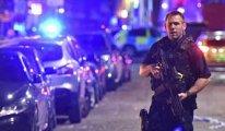 Londra'da Camii yakınında bir kamyonet yayalara çarptı
