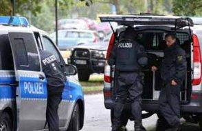 Almanya'da Türk markete silahlı saldırı: Yaralılar var