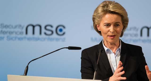 Alman Savunma Bakanı soruşturuluyor