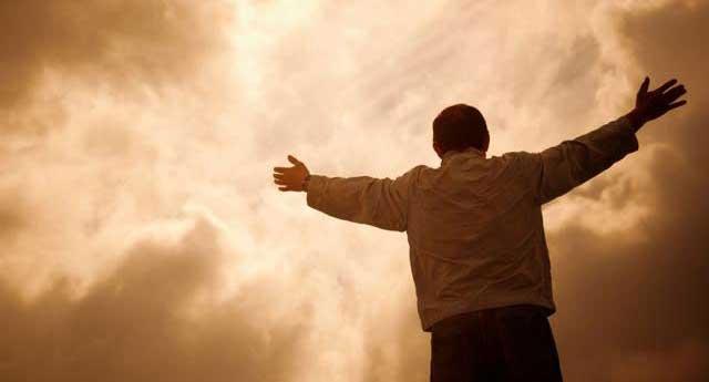 İnsanoğlunun, şeytanla başlayan takdiri ilahiye'ye karşı bitmeyen isyanının hikayesi...
