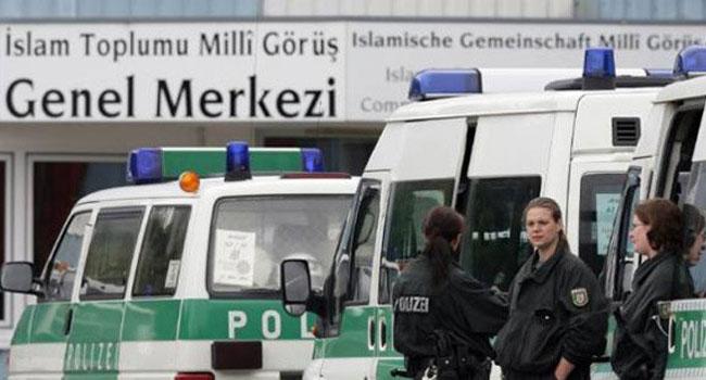 Almanya'da Milli Görüş eski yöneticilerine tecilli hapis cezası