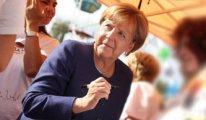 Merkel'den erken seçim sinyali
