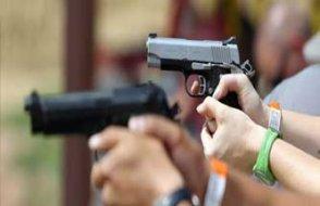 Almanya'da silah sahibi olan her vatandaş...