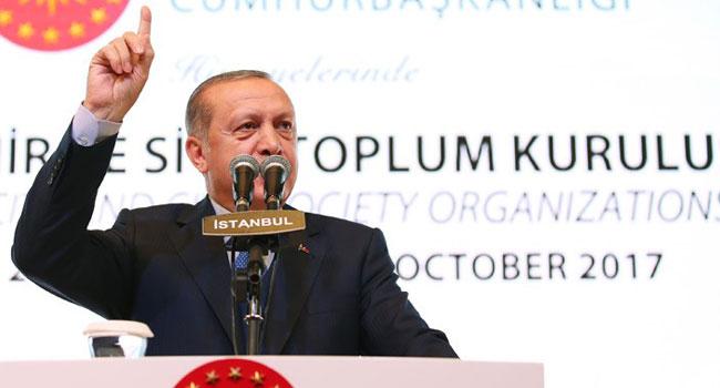 Erdoğan 'ihanet ettik' dedi salondakiler alkışladı!