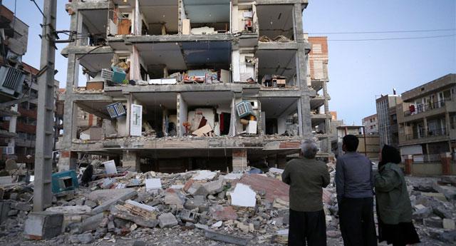''162 İmam Hatip'e karşı 9 Fen Lisesi yapan millet, depremde ezilmeye müstehaktır''