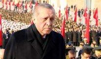 Akit Atatürk'e yönelen Erdoğan'a bayrak açtı...