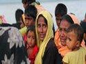 Myanmar Müslüman köylerin üzerinden buldozeri ile geçti