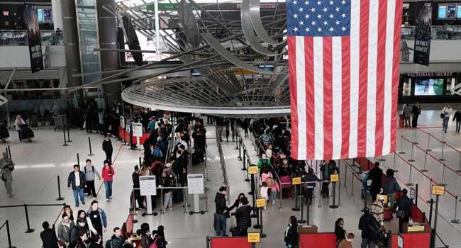 """""""Yabancı öğrencilerin ABD'ye girişi şimdiden reddediliyor"""""""