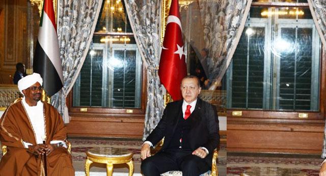 300 bin kişinin katili İstanbul'da resmi konuk