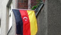 Almanya'da 27 Türk aileye daha ceza geldi