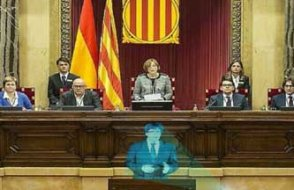 Katalan parlamentosu yeniden işbaşında, gözler 'hologram başkan'da