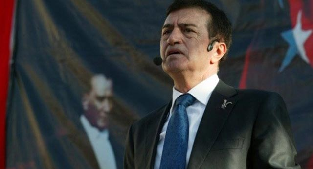 Pamukoğlu partisini kapattı