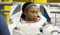 Uzaya gidecek ilk siyahi kadın astronot geri çekildi