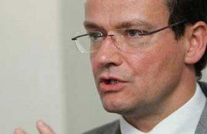 Alman vekilden Başbakan'ın yüzüne ağır eleştiriler ...