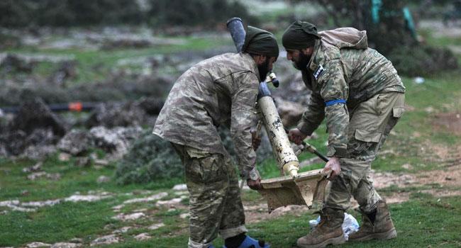 YPG sözcüsü: Suriye ordusu Afrin'de bizimle birlikte savaşıyor