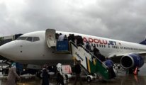 Uçakta büyük güvenlik açığı... Sayım yapıldı, iki yolcu fazla çıktı