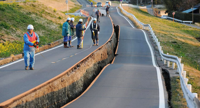 Gezegenlerin sıralanışıyla bugün deprem bekleyen araştırmacı iddialı: Büyüklüğü 8 olur!