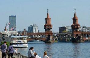 Almanya azalan nüfustan muzdarip: 2050'ye kadar nüfus 5 milyon aşağı düşecek