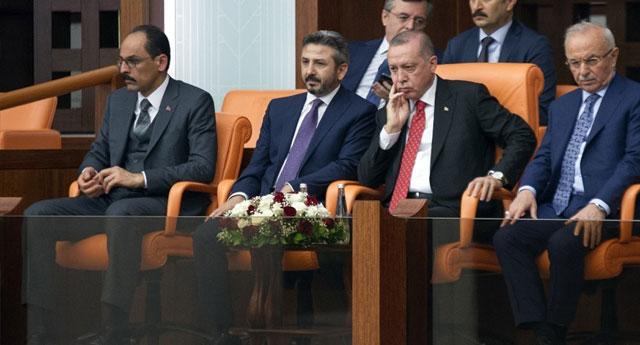 Konuşmayı dinlemeyen Erdoğan'a tepki gösterdiler