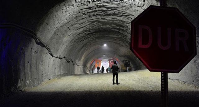 'Başbakan darbe gecesi Ilgaz Tüneli'nde saklandı'