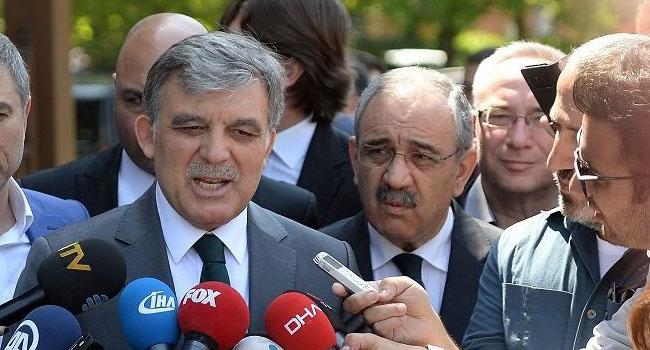 Karamollaoğlu: Abdullah Gül ve Erdoğan'ın eski yol arkadaşları korkuyorlar, çünkü...