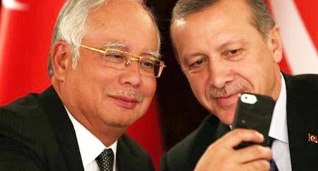 Malezya diktatörü de eve para istiflemiş
