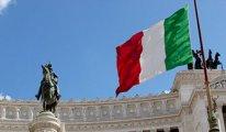 İtalya bir öğretmen için ayakta: Faşizmi reddediyoruz, işine iade edin!