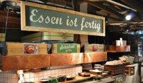 Almanya'da restoranların masa servisi yasaklandı