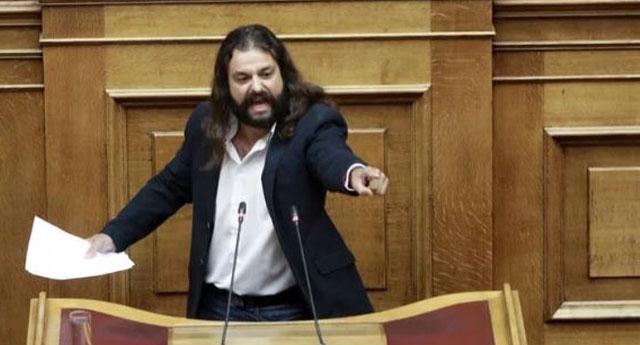 Darbe istediği için hakkında tutuklama çıkan Yunan vekil polisi atlatıp kaçtı