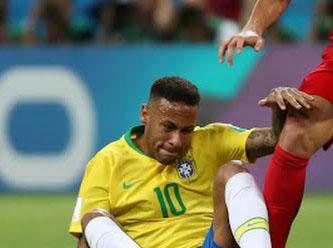 Artık Neymar'da yok..... Dünya Kupası'nda ilk yarı final eşleşmesi belli oldu