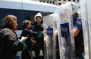 Adalet isteyen Somalı ailelere polis müdahalesi