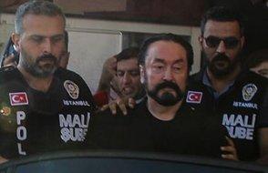 AKP'yi Adnan Oktar'ın arşivi korkusu sardı